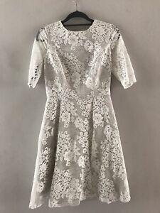 Women's Monique Lhuillier Size 8 Lace Dress New Tags On