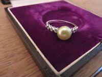 Hübscher 925 Silber Ring Perle Grün Modern Vintage Retro Rund Filigran Fein Top