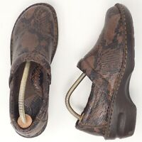 Born Concept BOC Brown Embossed Leather Snake Pattern Clogs Women's Size 8.5/40
