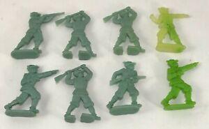 8 Soldatini ALPINI TORGANO Figurini Semipiatti 6 cm small soldiers Vintage