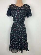 Yumi Floral Print Tea Dress Size 10 BNWT Lace Detail