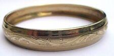 Bijou Vintage bracelet rétro rigide large élégant finement gravé couleur or 3254