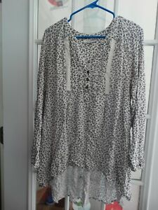 Motherhood Maternity Size X Large  Long Sleeve  pre-owned
