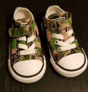 Toddler Boy Converse Size 4 Sneakers