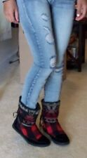 Madden Girl Plaid boots shoes NWOB Orig. $59.99 size 6.5 laces detail B90