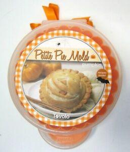 Tovolo Petite Pie Mold Press Pumpkin Jack O' Lantern Shape Halloween Autumn
