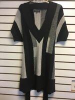 New Jones New York Grey & Black Block Short Sleeve Sweater Medium $129