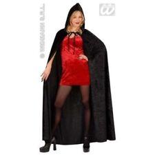 Costumi e travestimenti nero per carnevale e teatro, in Italia, a tema dei Vampiri