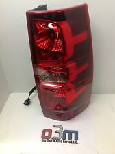 Chevrolet Suburban Tahoe RH Passenger TAIL LIGHT/ BRAKE BRAKE Assembly new OEM