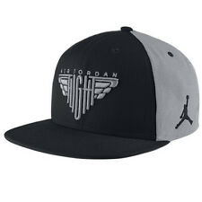 NIKE AIR JORDAN FLIGHT SNAPBACK HAT [ADJUSTABLE] 724903-010 WOLF GREY/BLACK