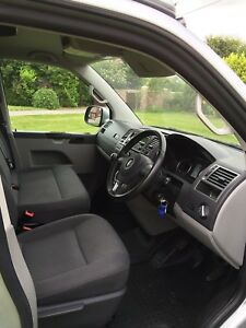 CMC VW T5 T6 Transporter Caravelle Floor Mat Double Seat / 3 Seat Cab Model Grey