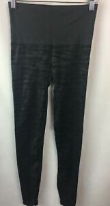 Spanx Assets High Waist Shaping Leggings FL4715 Camouflage Size Small C19