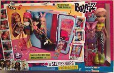 "Bratz SelfieSnaps Photobooth with Cloe 10"" Doll"