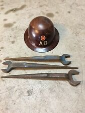 New listing American Bridge Hardhat And Wrench Combo