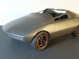 Gran Turismo - 1/25 Revell - Built with Corvair engine on a Volkswagen Chassis