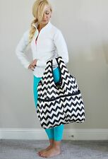 EUC Lululemon Postsavasana Tote Gym Bag Tote Chevron Arrow White Black