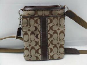 Coach Women's Signature Swingpack Crossbody Messenger Bag  B0768-F06016