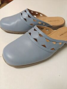 Comfortview McKenna Woman Slip on Mule 8 US W Wide Periwinkle Light Blue