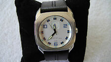 Vintage Kenneth Cole Reaction Watch S301-05 RK1189