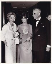JANE WYMAN CLAUDIA CARDINALE LORD MOUNTBATTEN Original CANDID Vintage 1965 Photo