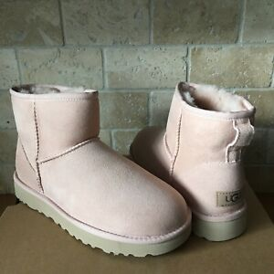 UGG Classic Mini II Quartz Pink Water-resistant Suede Boots Size US 6 Womens