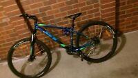 mountain bike gt agressor wheels 27.5 inch disc brakes down hill mountain bike