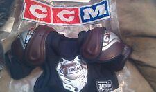 Ccm Tacks Junior -M shoulder pads