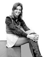 OLIVIA NEWTON-JOHN - 8X10 PUBLICITY PHOTO (FB-420)