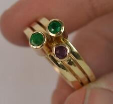 Tre 9ct Oro Smeraldo e rubino SOLITARIO MULTIPLI ANELLI F0148