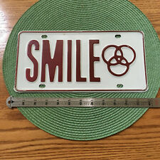 SMILE! METAL LICENSE PLATE Vintage 70's  very good condition