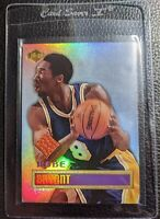 1999 COLLECTORS EDGE KOBE BRYANT GAME USED BASKETBALL CARD LOS ANGELES LAKERS
