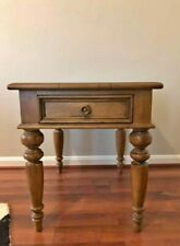 **GREAT CONDITION**Ethan Allen New Country End Table 33-8403