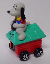 VINTAGE! Ertl Lamb Chop & Friends Hush Puppy on Dog House