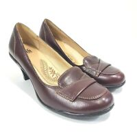Sofft Women's Mary Janes Loafers Size 8.5 Kitten Heels Burgundy Pumps