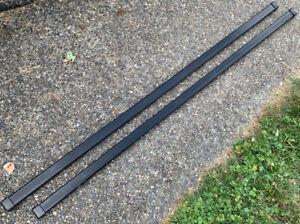 Set of Thule LB50 Roof Rack Load Bars, 50 Inch Square Bars w/ End Caps