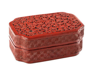 c1880 Chinese Carved Red Cinnabar Lacquer Trinket Box
