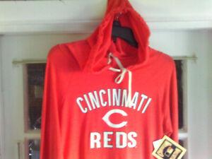 Cincinnati Reds MLB Cooperstown Campus Lifestyle Hoodie Ladies Sz-Medium (NWT)