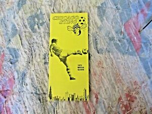 1975 CHICAGO STING MEDIA GUIDE and SCHEDULE Yearbook  Program NASL Soccer AD