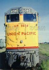 9F741 RP 1980s UNION PACIFIC RAILROAD U50-C LOCOMOTIVE #5034 NOSE SHOT