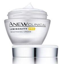 CREME DE NUIT ILLUMINANTE AVON Anew Clinical luminosity
