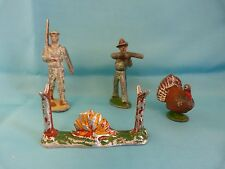 QUIRALU - ALUDO - Lot de 4 figurines - dindon - cowboy - marin - feu de camp