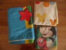 ENSEMBLE 3 PIECES PARURE DE LIT/DRAPS POUR ENFANT MICKEY EN TRES BON ETAT