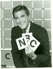 CHUCK WOOLERY SMILING HOLDS NBC TILES SCRABBLE ORIGINAL 1984 NBC TV PHOTO