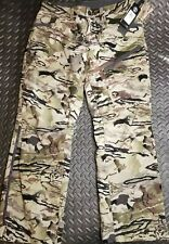 Under Armour UA Grit water repellant Hunting Pants 1347443 Barren Camo Mens 34