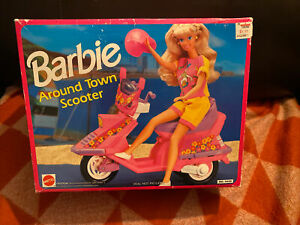 Mattel 1992 Barbie Around Town Scooter NIB Opened