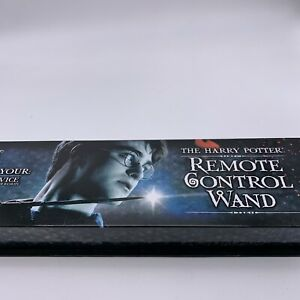 HARRY POTTER Remote Control Wand Magic- The Noble Collection-w/Key Battery Testd