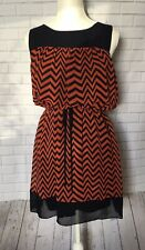 Enfocus women's sheath dress size 10 petite orange black chevron scoop neck