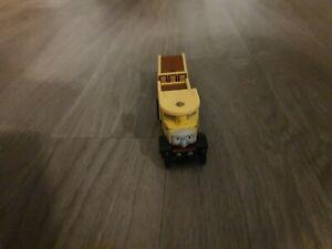 Thomas The Tank Engine & Friends BRIO Isabella WOOD TRAIN WOODEN