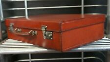 Immaculate Vintage Executives English Leather Attache Briefcase with Key