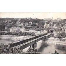 LYON le coteau saint-irénée et le pont du chemin de fer sur la saône train écrit